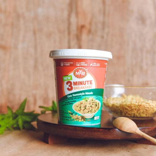 mtr foods breakfast oats masala – 80g